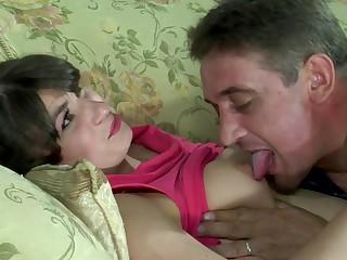 мой смотреть порно секретарша пристает к начальнице мужик! думаю